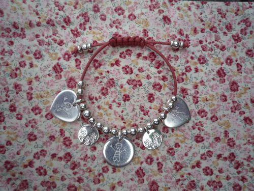"""Bracelet """"P'tite fleur """" : 120,00 €"""